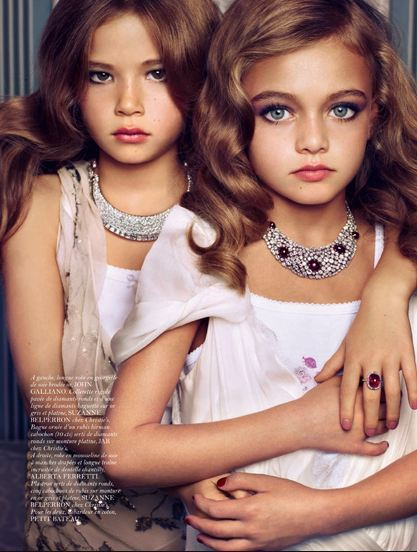 [Image: little-girls-pretty-in-vogue-paris-edito...amza-2.jpg]